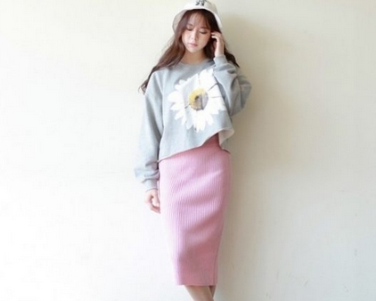 chân váy len kết hợp áo croptop