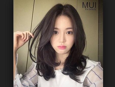 tóc mái dài với mặt trái xoan