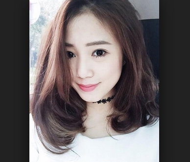tóc ngắn mái dài uốn cụp