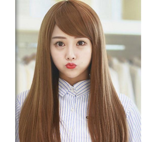 tóc mái xéo dài để thẳng